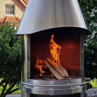Gartenkamine - schoene Gartendeko, Feuer im Garten